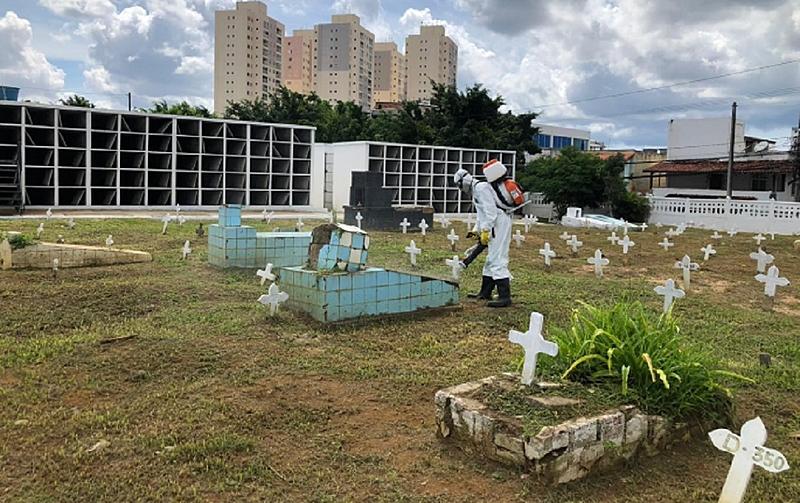 image processing20201211 13867 1ufvgq7 - PANDEMIA: Brasil bate recorde de casos diários e registra 2.639 mortes em 24 h