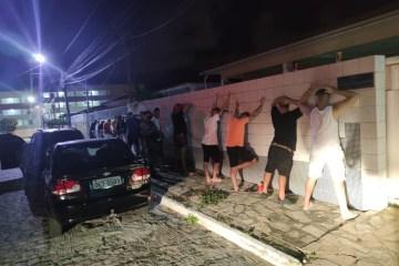 Em menos de 24h, PM encerra duas festas clandestinas com aglomeração em João Pessoa