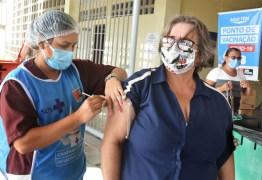 Vacinação de idosos a partir de 65 anos começa nesta segunda-feira em João Pessoa