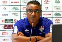 Roger aprova Fluminense com três volantes: 'Pode ser uma alternativa contra o River'