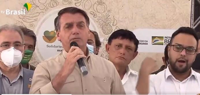 """Capturar 51 - Covid-19: Bolsonaro diz que compra de vacinas o ano passado teria sido uma """"irresponsabilidade"""" - VEJA VÍDEO"""