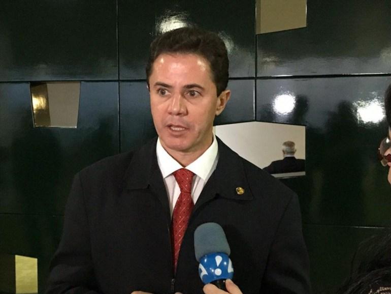"""Veneziano 1 - Senador Veneziano se diz favorável à instalação da CPI da Covid: """"Os fatos existem"""""""