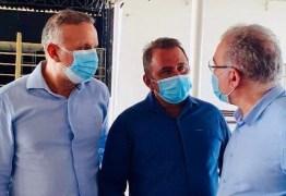 Ao lado de Aguinaldo Ribeiro, prefeito de São José de Espinharas solicita ao ministro da Saúde recursos para construção da Policlínica de Especialidades e para aparelho de Raio-x