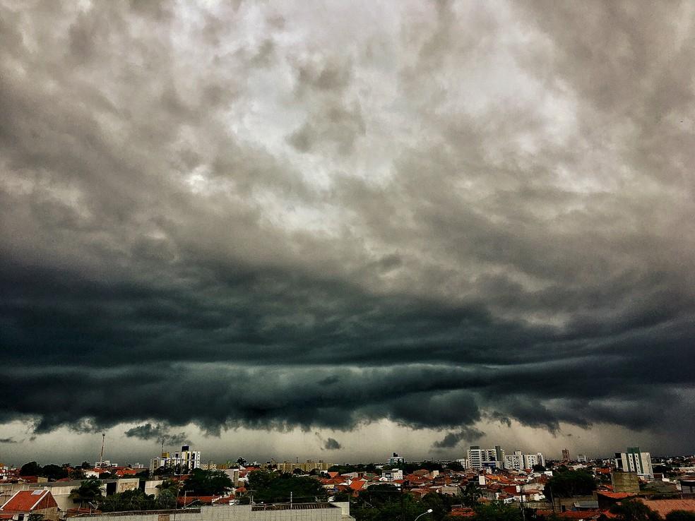c842e31d 1ffc 43aa 890a efe5af42c1a1 - Inmet emite alertas de chuvas para João Pessoa, Campina Grande e mais 221 cidades; veja listas