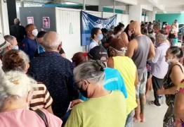 Vacinas acabam e aglomeração é registrada no Centro Cultural de Mangabeira, em João Pessoa