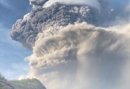 Principal vulcão da ilha San Vicente, no Caribe, entre em erupção e provoca evacuação em massa – VEJA IMAGENS
