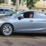 fabricio queiroz - Em liberdade, Fabrício Queiroz, ex-assessor de Flávio Bolsonaro é flagrado visitando sede do governo do Rio