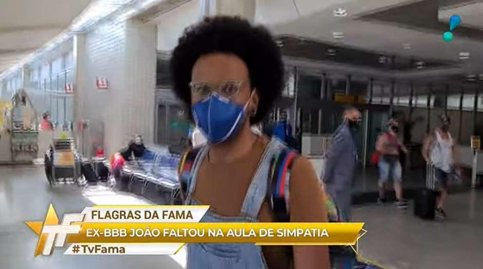 tvfama - Antipatia de João com repórter contradiz postura no 'BBB' - Por Jeff Benício