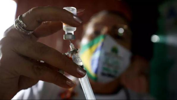 vaciiii - Pelo menos 870 cidades atrasam aplicação da 2ª dose