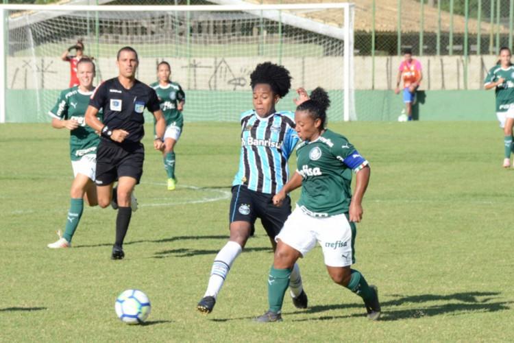 1 palmeiras x gremio brasileiro feminino1 15633575 - Saiba onde assistir e horários dos jogos de futebol desta segunda-feira