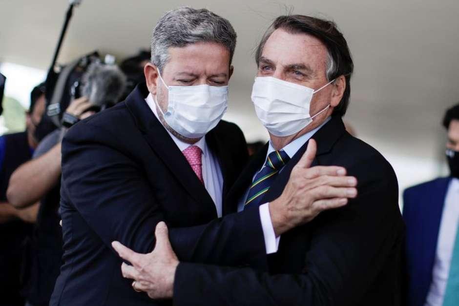 """2021 05 13T182943Z 1 LYNXMPEH4C10A RTROPTP 3 BRAZIL POLITICS - """"Bolsonaro está no seu pior momento"""", diz Lira"""