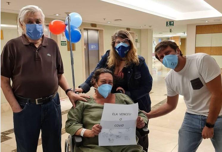 Capturar 96 - Atriz Bárbara Bruno recebe alta da UTI após duas semanas intubada