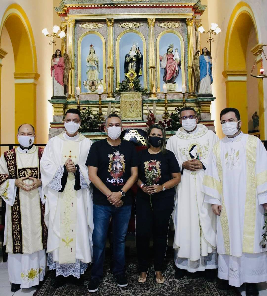 WhatsApp Image 2021 05 23 at 12.11.05 - Dra. Jane e Dr. Emerson Panta participam da missa votiva em honra à padroeira Santa Rita de Cássia