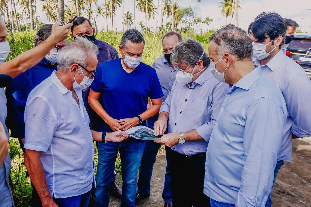 WhatsApp Image 2021 05 28 at 11.45.35 - Emerson Panta acompanha governador na nova interligação entre JP e Santa Rita
