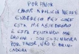 Jovem usa guardanapo para denunciar assédio de chefe: 'Chame a polícia'