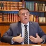 """bolsonaro cocacola - Bolsonaro volta a defender uso da cloroquina, chama de """"canalha"""" quem critica e compara uso a tomar Coca-Cola - ASSISTA"""