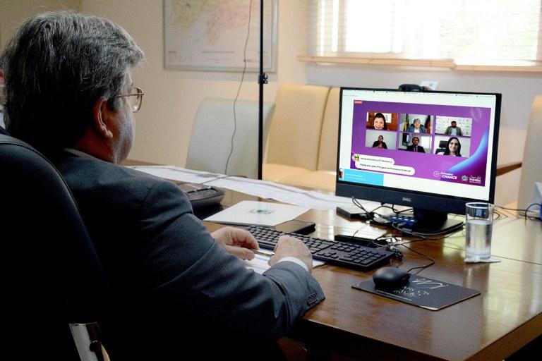 cea2b867 cebf 4751 b744 24f1f01ba315 - João Azevêdo anuncia ampliação de vagas de estágios e de municípios contemplados com o programa Primeira Chance