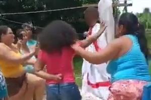 criancas eram usadas em suposto ritual contra a covid 19 no para 1618611089735 v2 300x200 - Ritual religioso contra a covid teve reza, criança amarrada e 9 indiciados