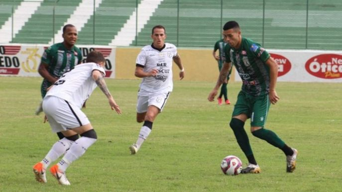 csm treze x sousa 481a9c30d9 - Sousa arranca vitória contra o Treze e assume a vice-liderança do Paraibano