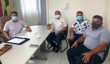 efraim filho 1 - Em reunião Efraim Filho e deputado Manoel Ludgério tratam novas propostas para investimentos em municípios paraibanos