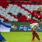 gabigol 09052021011920939 - Gabigol briga pela artilharia do futebol brasileiro em 2021