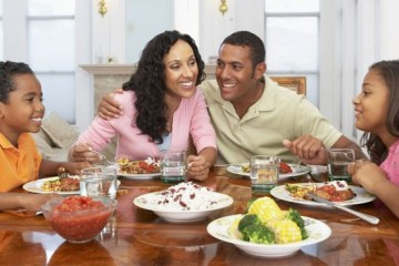 """Secretário de Saúde recomenda almoço de Dia das Mães só """"com quem vive sob o mesmo teto"""""""