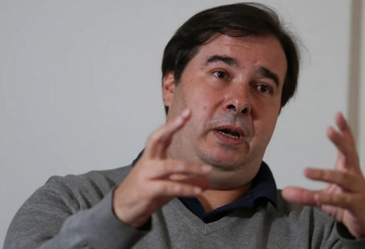 maia 1 - Deputado do DEM afirma que Rodrigo Maia foi expulso do partido: 'Figura odiada'