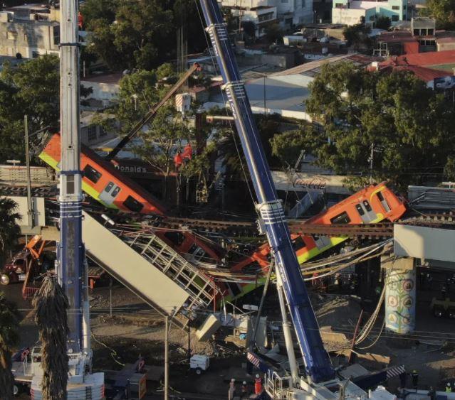 metro - Familiares buscam desaparecidos após tragédia no metrô da Cidade do México