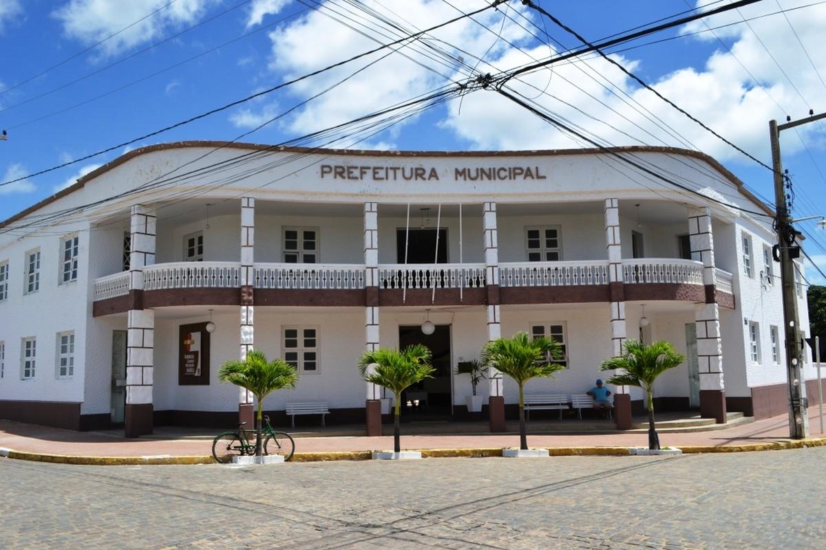 monteiro - Prefeitura de Monteiro emite novo decreto para combater a Covid-19, anunciando lockdown e proibindo venda de bebida alcoólica