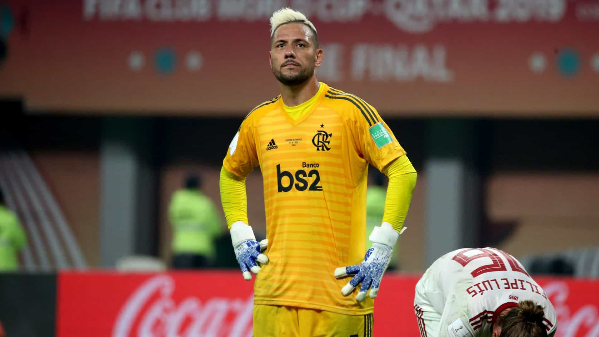naom 5fdc7e31b9990 - Diego Alves não se recupera a tempo e desfalca o Flamengo na final do Carioca