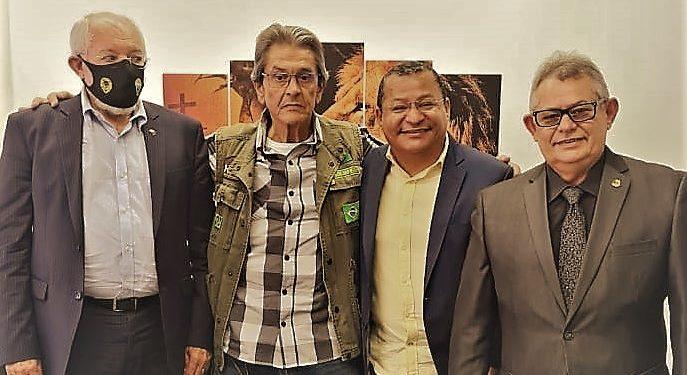 nilvan e roberto jeferson 687x375 1 - Ungido para comandar PTB na Paraíba, Nilvan quer sigla forte, que dialogue com filiados e atraia novas lideranças em 2022