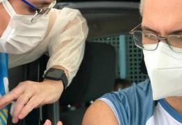 Profissionais de saúde são vacinados neste domingo (2), em Campina Grande
