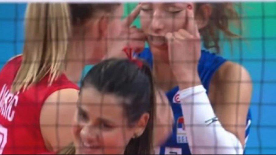 5es9ztt0woy4zi1rot8oj86iv - Jogadora é suspensa e multada após gesto racista na Liga das Nações