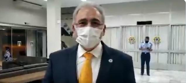 Capturar 38 - Após fala de Bolsonaro, Queiroga diz que vacinação precisa avançar para máscara não ser obrigatória - VEJA VÍDEO