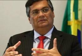 'Foi retaliação do presidente contra o ministro', diz Dino sobre máscaras
