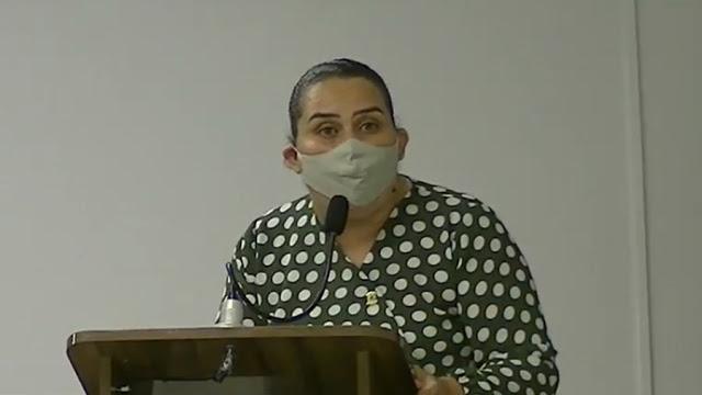 Luciene de Fofinho 19 08 2020 - Atacada nas redes sociais, prefeita de Bayeux vai à Justiça e processa ativista político por calúnia e difamação