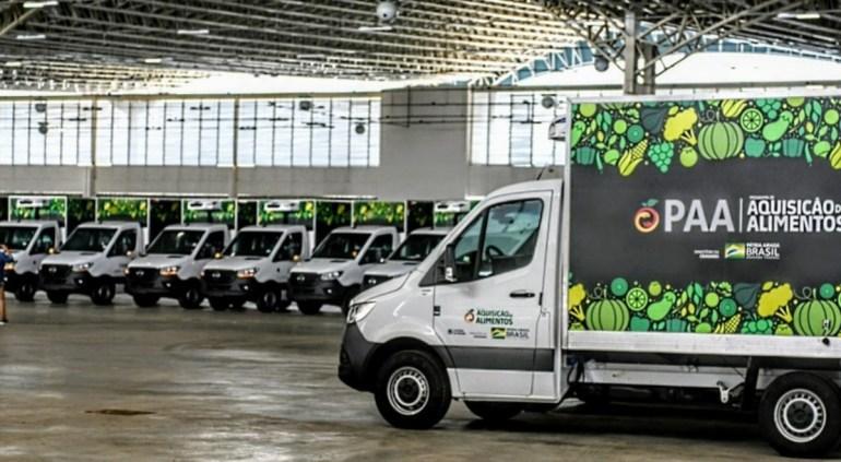 PAA - Governo do Estado entrega equipamentos para agricultura familiar