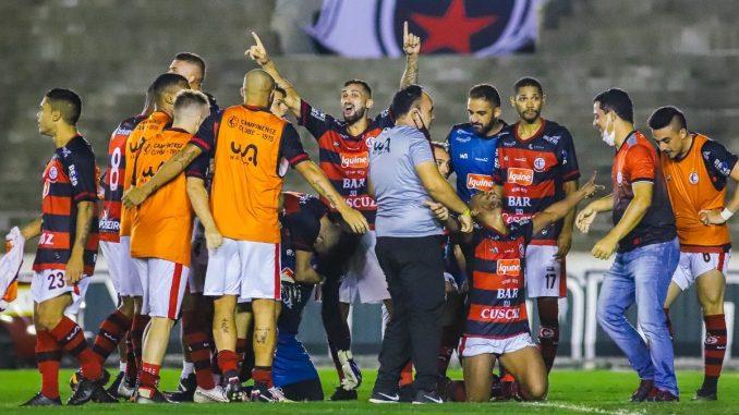 WhatsApp Image 2021 06 02 at 22.58.31 e1622725487826 678x381 1 - Treinador do Campinense avalia semifinal e projeta decisão difícil contra o Sousa