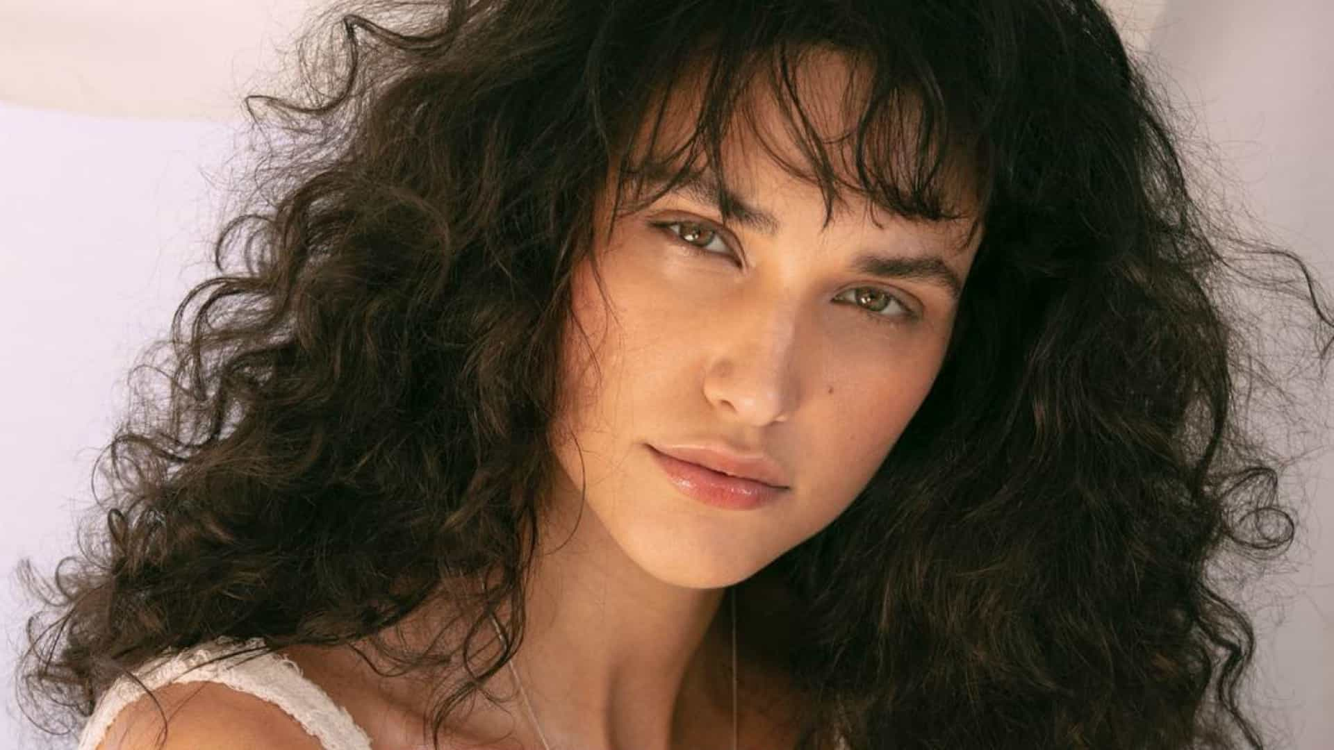 naom 5c6d3ce0556d5 - Débora Nascimento assume relacionamento com modelo ex de Marquezine