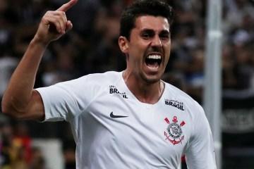 Avelar, do Corinthians, admite ofensas racistas em jogo de eSports e se desculpa
