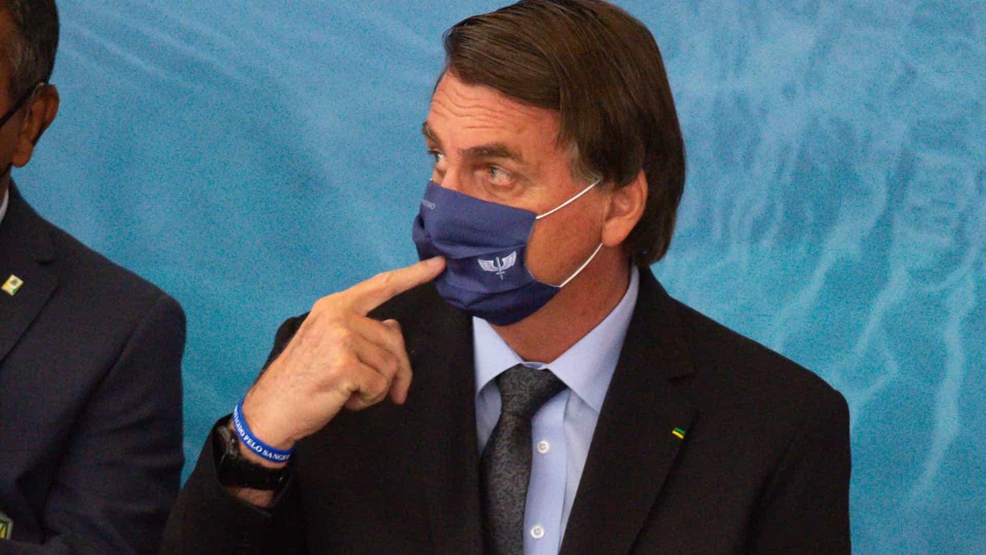 naom 6059e32706bf3 - 'Lamentamos as mortes, mas, apesar de tudo, o Brasil vai bem', diz Bolsonaro