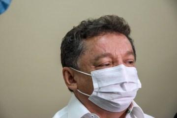 presidente da fundacao de saude de teresina gilberto albuquerque ufpi 910x608 1 - 'Mulheres vacinam cedo para voltar pra casa e fazer o almoço', diz gestor da saúde