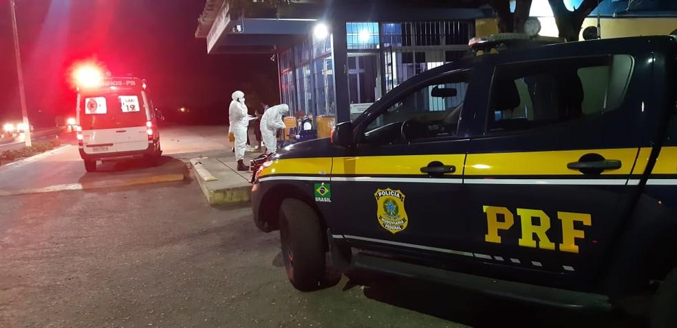 taxi - IRRESPONSABILIDADE! Homem com Covid-19 é preso após descumprir isolamento social e viajar até a PB