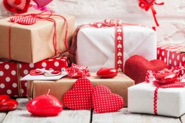 valentines day gift WBDZMML 750x500 1 - 12 DE JUNHO: Procon de Campina Grande divulga pesquisa de preços de presentes para o Dia dos Namorados