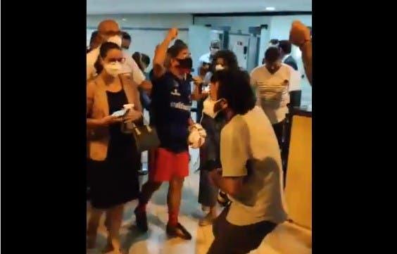 video militante petista liberado - Professor Arquidones Bites é solto e comemora: 'Fora Bolsonaro genocida' - VEJA VÍDEO
