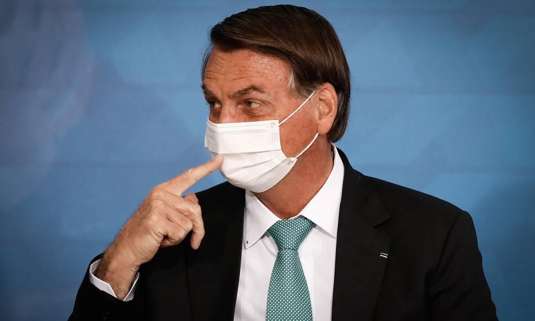 x93163054 PA Brasilia BSB 01 06 2021 Presidente Jair Bolsonaro e o Presidente da Caixa Economica Fede.jpg.pagespeed.ic .WrU eFgqjq 1 - TSE dá 15 dias para Bolsonaro apresentar provas de fraudes que ele nunca mostrou sobre eleições de 2018