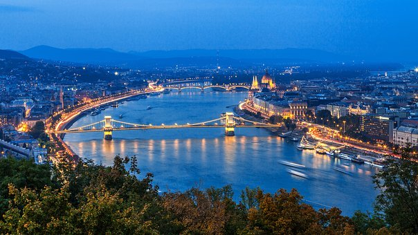 Resor till Budapest med guidning i staden enligt era önskningar