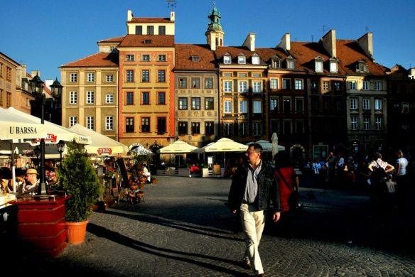Mazowieckie_Warszawa_Stare-Miasto_Rynek-1_05-2009-fot-Marek-Angiel_resize