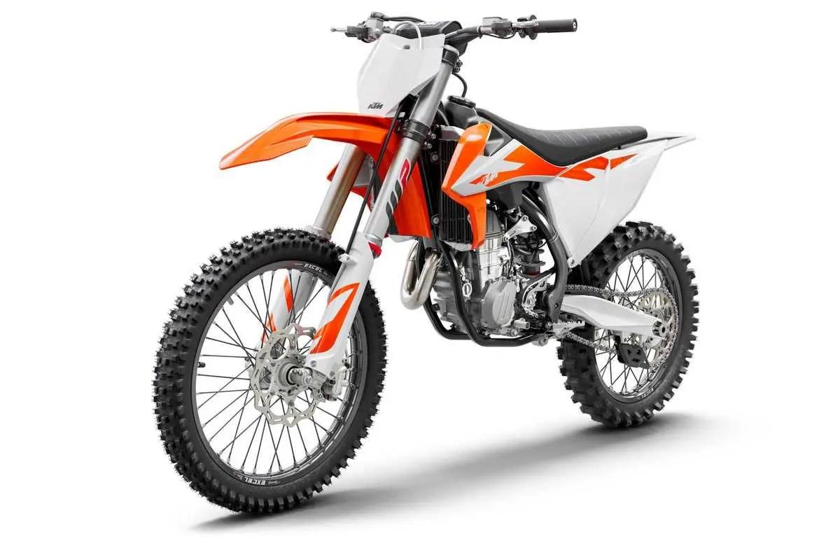 trois quart moto 450 SX-F