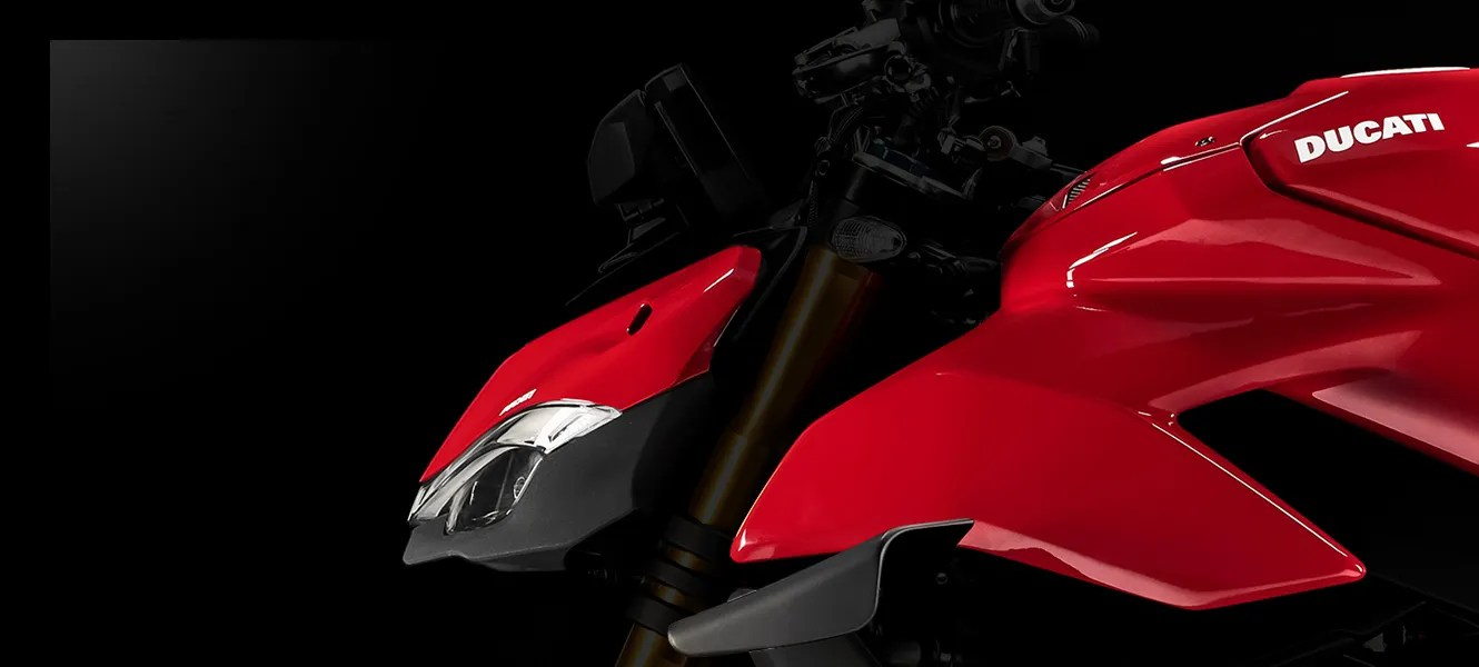 Streetfighter-V4-Red-Y20-Airbox-04-banner-Full-1330x600